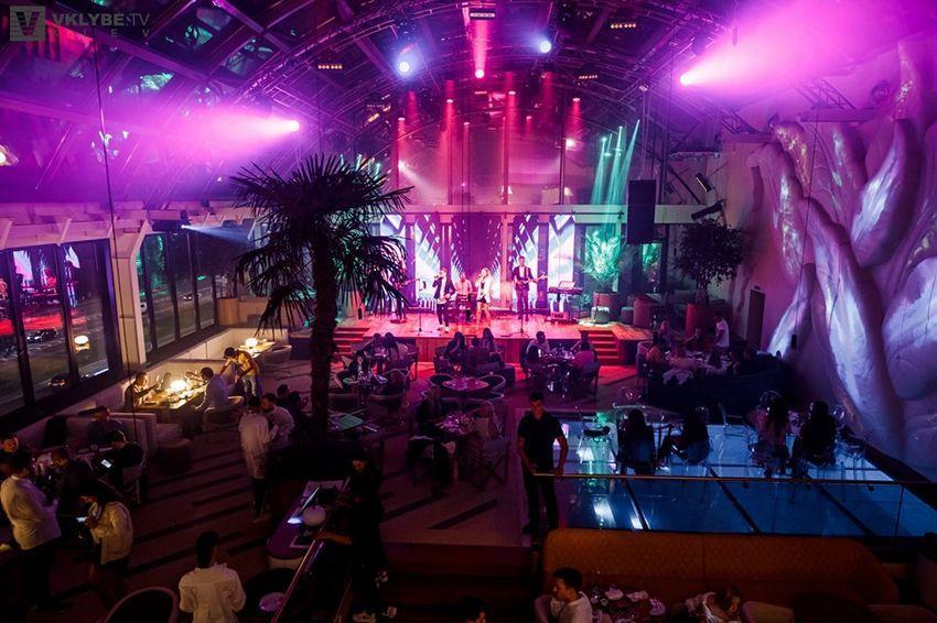 Queens ночной клуб скачать клубную музыку клубов москвы