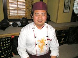 yan-fuj-shef-povar-restorana-mandarin-byt-kitajskim-povarom-neprosto